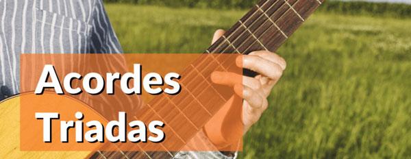 Lee más sobre el artículo Acordes Triadas en la guitarra. Cómo son y cómo ponerlos